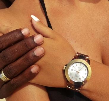 Náramkové hodinky JVD AV-085 - cs  3639e04d1f